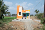 Free Architecture, Santa Murthy who is a farmer built his house which cost 25 Lacs (33,000.00 USD) to build. En route from Bengaluru to Tiruvannamalai, Tamilnadu, India